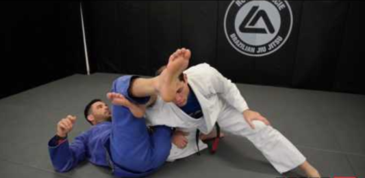 Omoplata Escape Variation by Roger Gracie Bjjspot