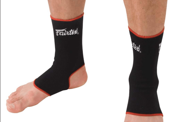 Muay Thai ankle supports black//white