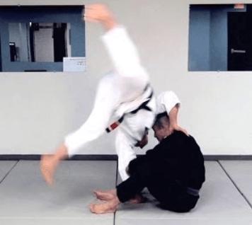 How to do Cartwheel Guard Pass